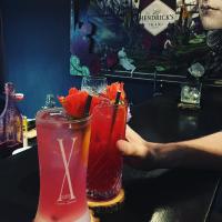 隱身城市中的浪漫酒吧,以芳香佐酒,花藝與琴酒交織出新式都會風雅。