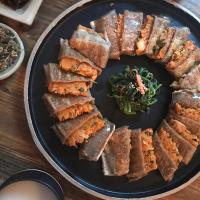 當馬格利邂逅韓式家常料理:人氣小酒館Bok Deok Bang,一口飲入在地日常。